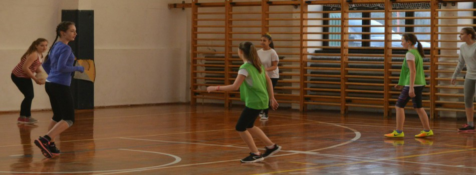 Partnerem a sport! LÁNY FOCI